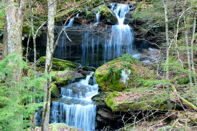Un-named Falls around the Bend, ©2014 MGP&D for Upstate Dispatch.