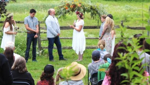 Surprise (for the guests) wedding on the farm!