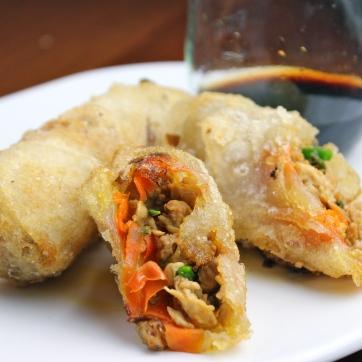 fried chicken spring rolls