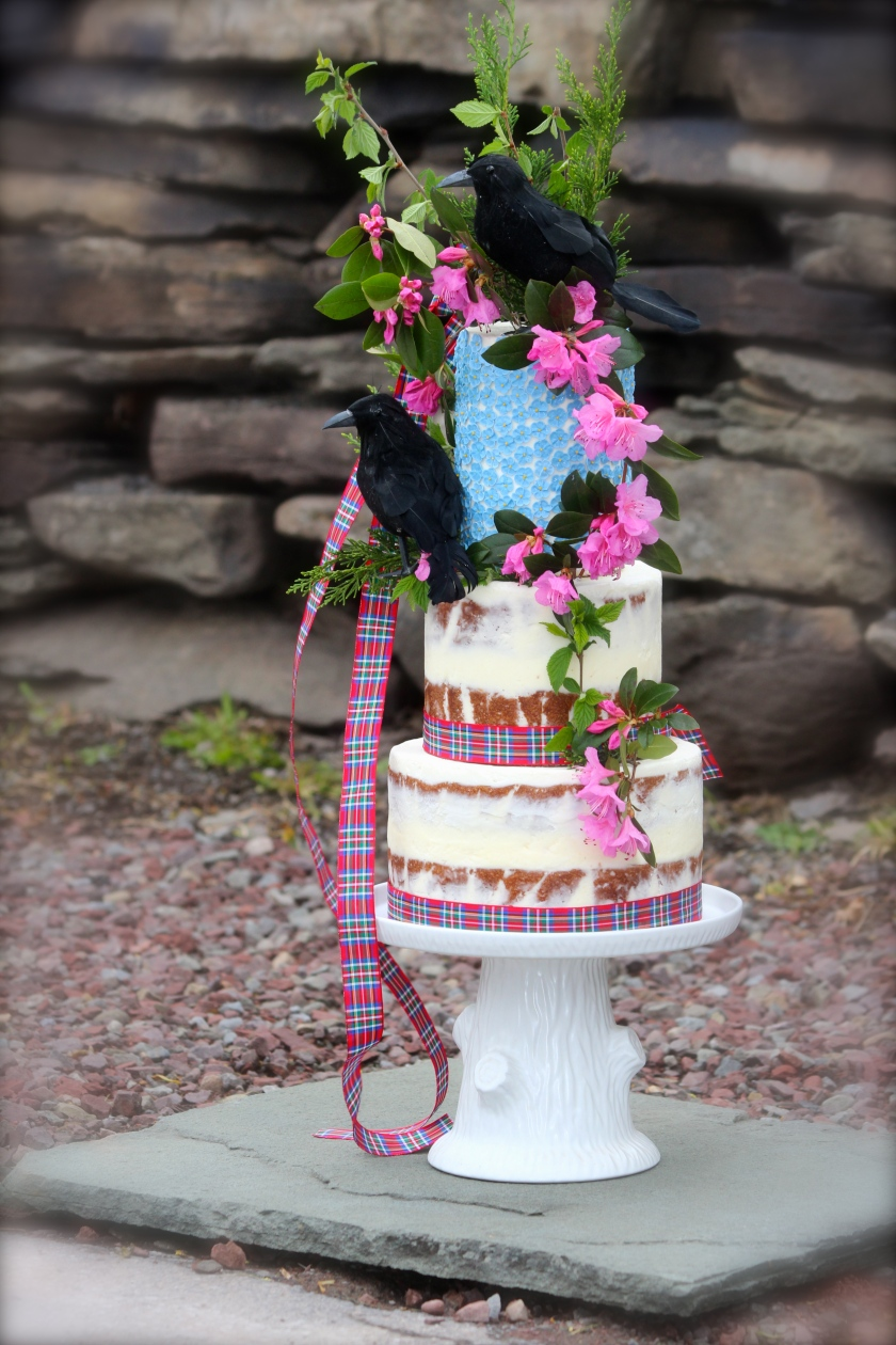 Scottish inspired wedding cake by Holiday Farm Biscuit Co.
